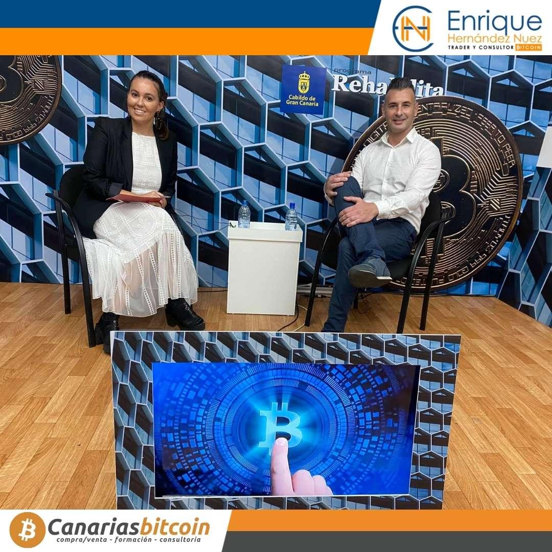 Entrevista a Enrique Hernández Nuez sobre bitcoin y criptomonedas para televisión y el Cabildo Gran Canaria